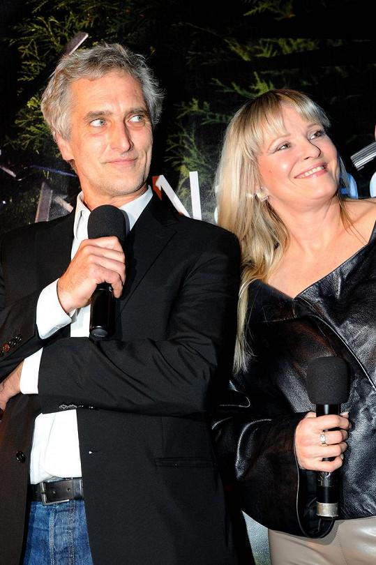Tomáš Hanák a Chantal Poullain vedli charitativní aukci.