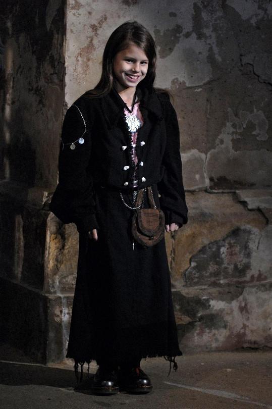 Filmová dcerka Petry Černocké, která ztvárnila roli malé Saxánky.