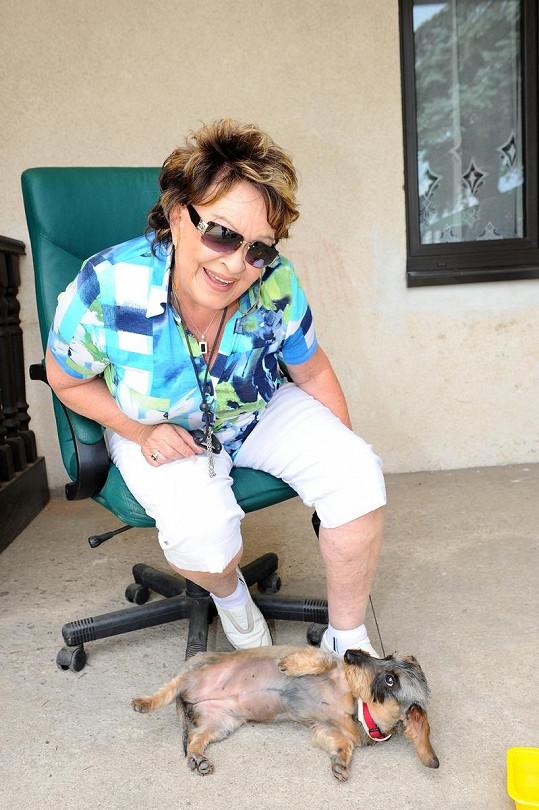 Jiřina Bohdalová po třiceti letech bývalému muži odpustila.