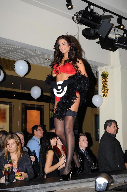 Miss face Lenka Hovorková má skvělou postavu.