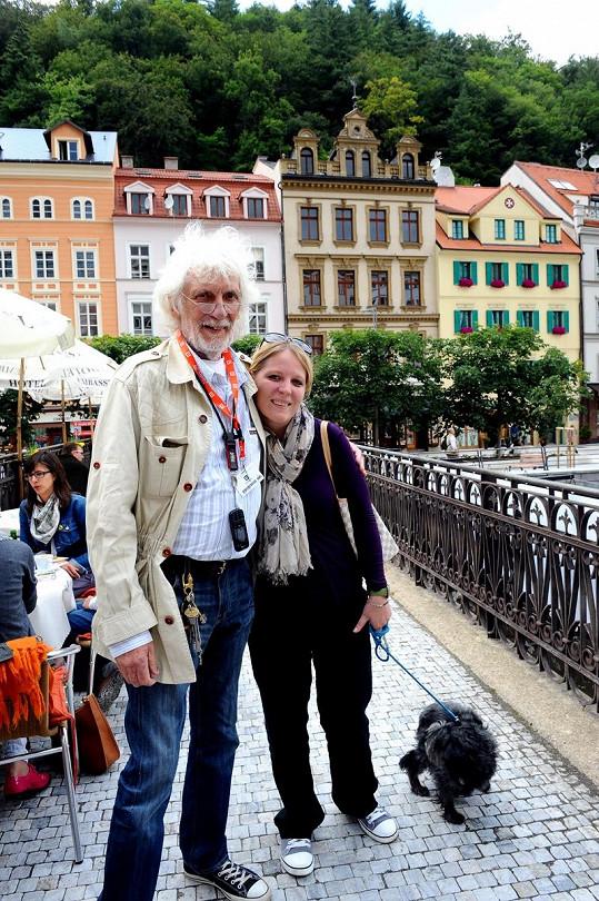 Petr Hapka přijel s dcerou Petrou.
