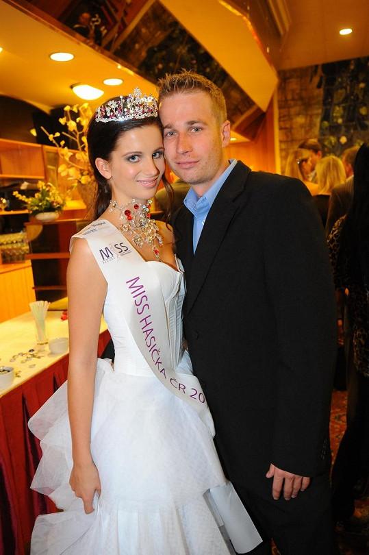 Miss Hasička 2011 Ivana Hnilicová s přítelem Tomášem.