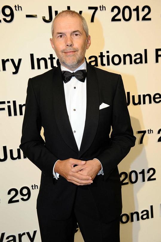 Vždy elegantní Marek Eben vypadá pořád skvěle.