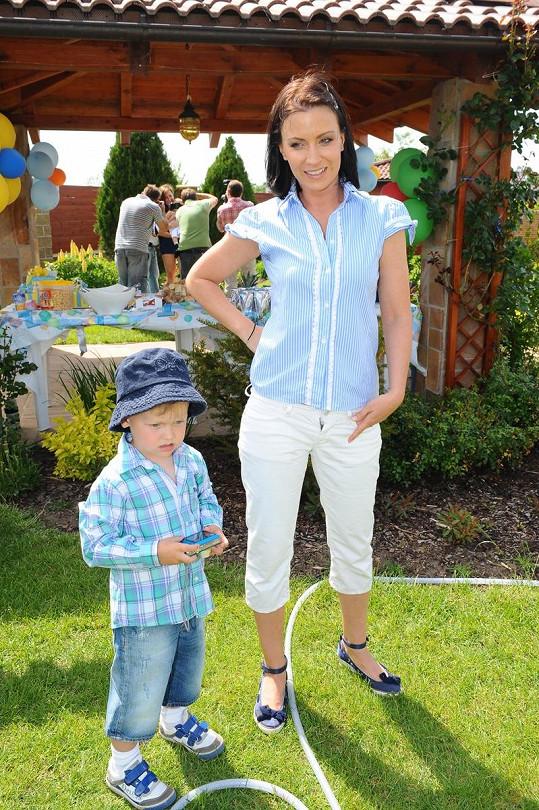 Gábina Partyšová se synem Kristiánem.