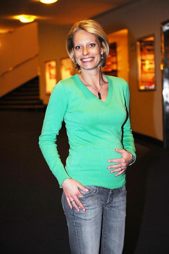 Jakmile to zdraví dovolí, tak se těhotná moderátorka vrátí na televizní obrazovky.