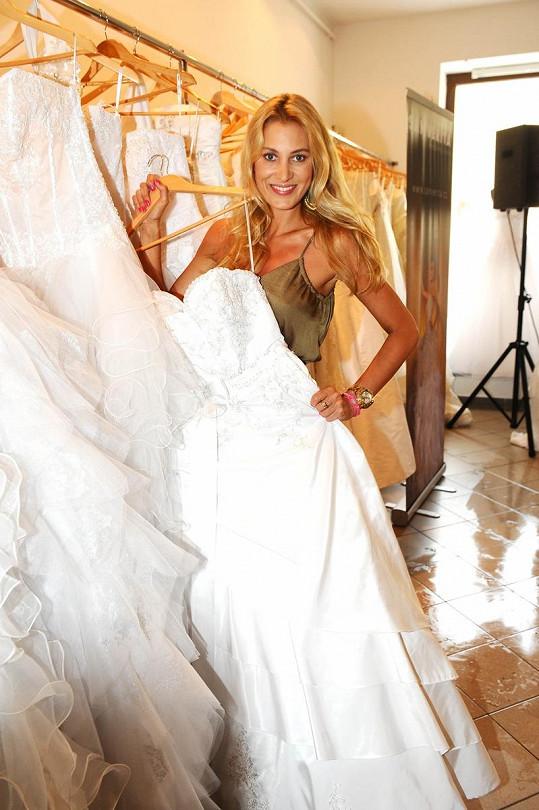 Kateřina Průšová už má jednu svatbu za sebou.