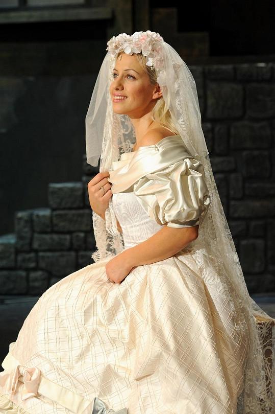 Tereza by byla krásná nevěsta.