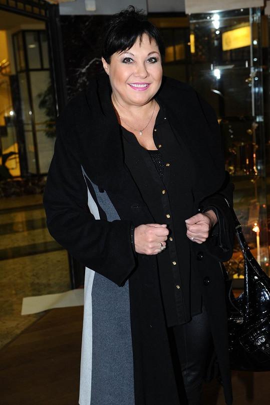 Dáda Patrasová nesouhlasí s natáčením německé verze seriálu Arabela.