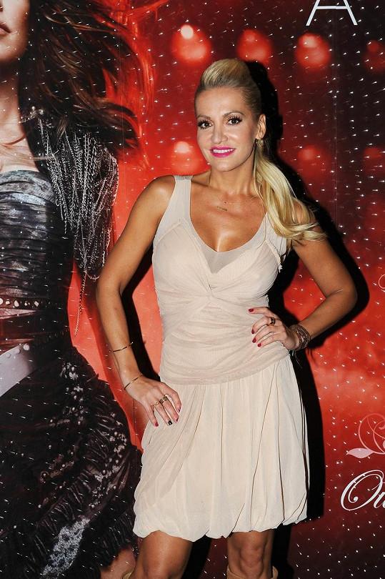 Dara Rolins se objevila jako host závěrečné párty Prague Fashion Weekendu.