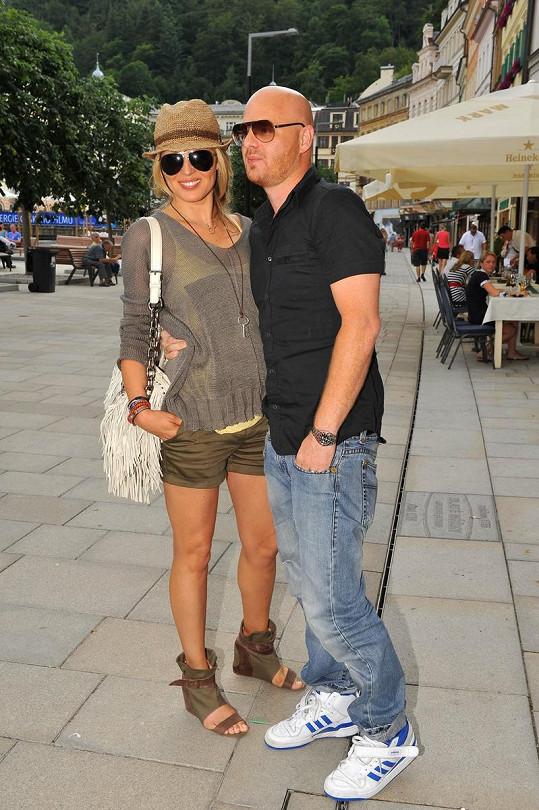 Simona Krainová s manželem Karlem Vágnerem v Karlových Varech.