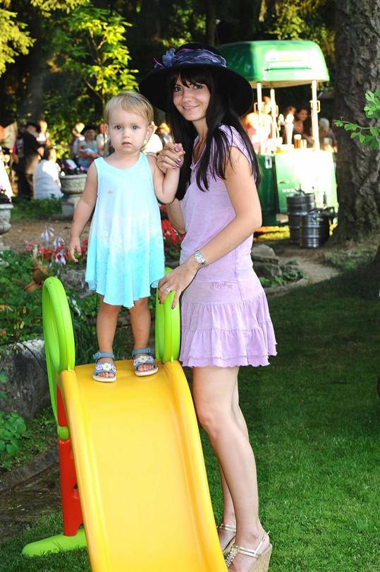 Alice Jandová s dcerou Anežkou.