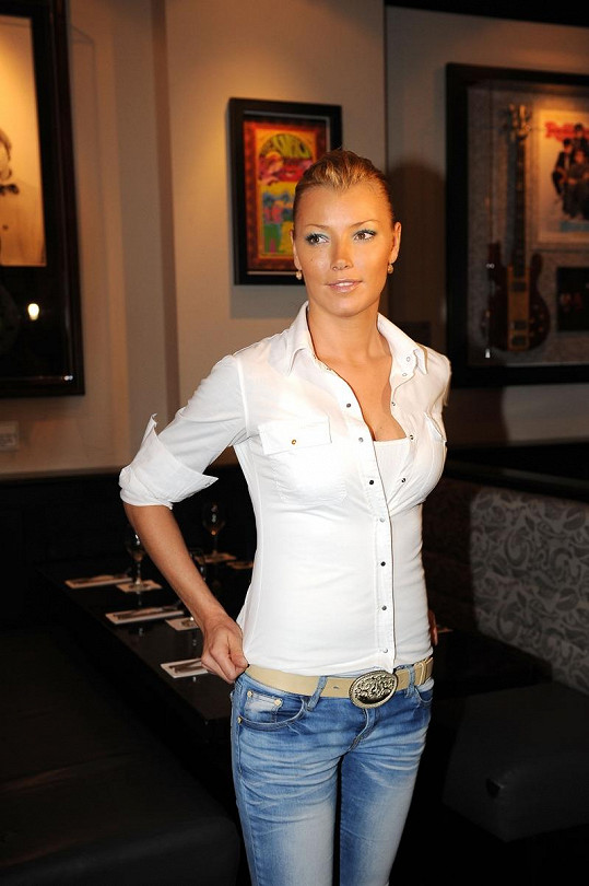 Helena Zeťová vypadá skvěle.