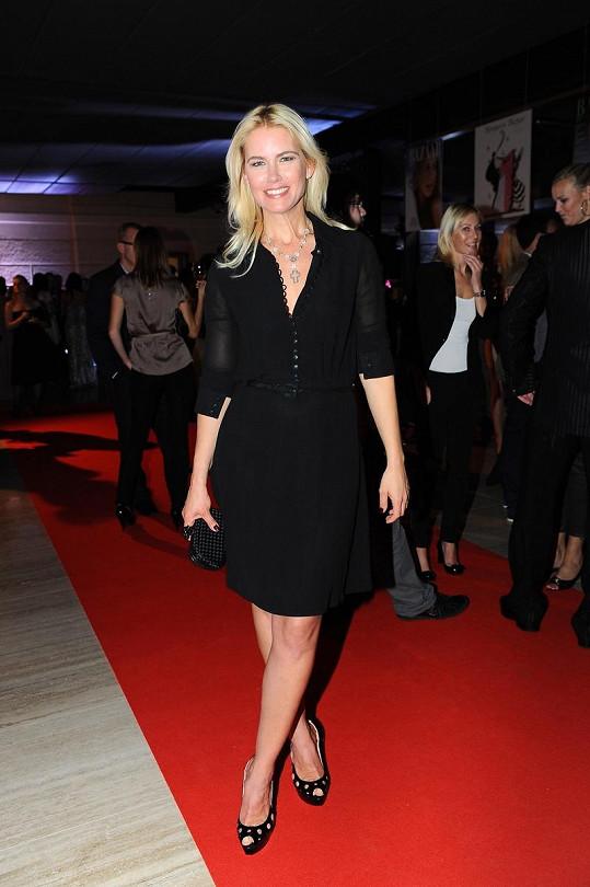 Kromě fotografa Havlíčka byla hvězdou párty módního časopisu supermodelka Valeria Mazza.