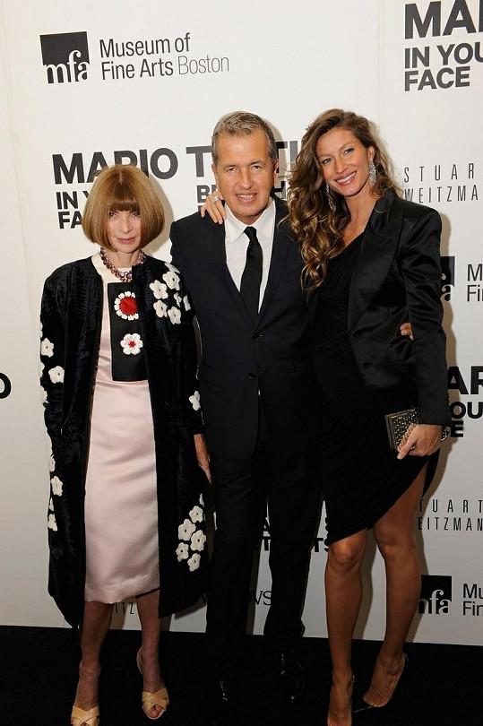 Zleva: Anna Wintour, Mario Testino a Gisele.