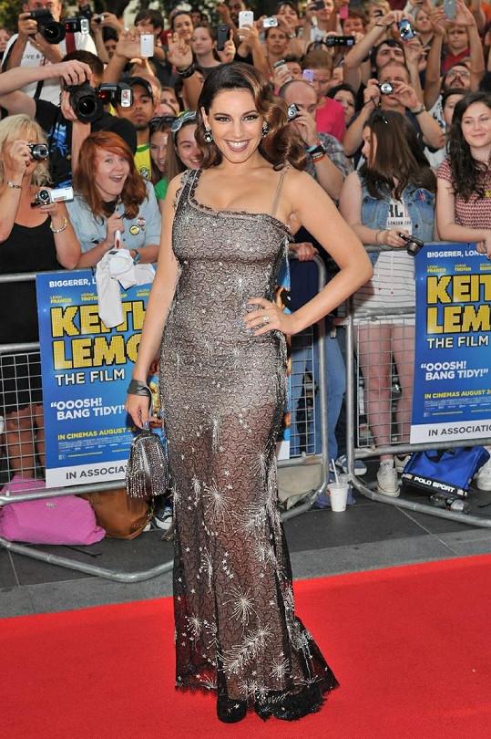 Kelly Brook se stala hvězdou celé premiéry.