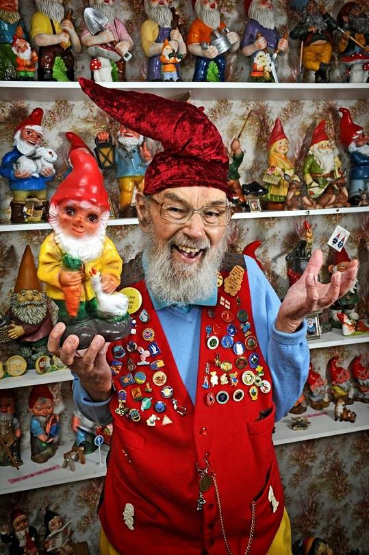 Ron je nadšeným sběratelem pohádkových postaviček.
