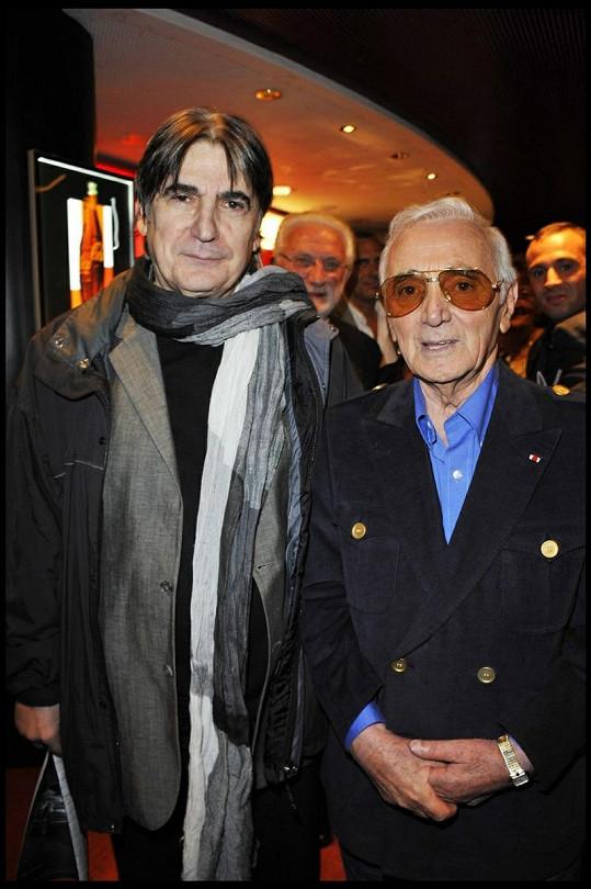 Serge Lama s pěveckým kolegou Charlesem Aznavourem.