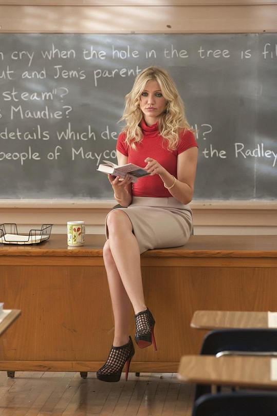 Cameron Diaz jako sexy učitelka ve filmu Bad Teacher.