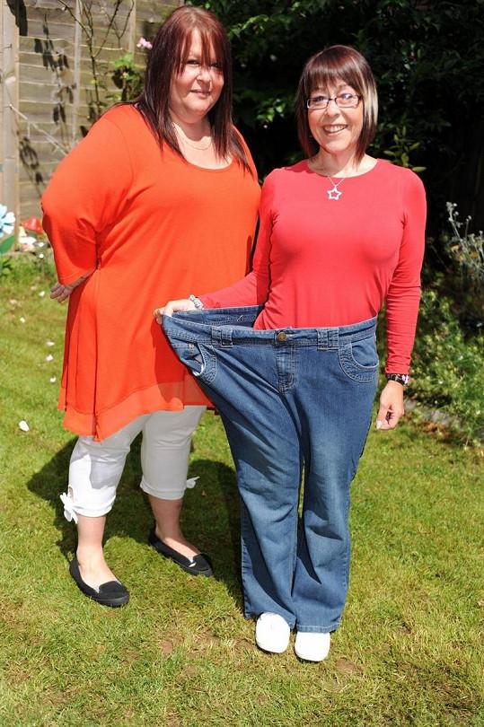 Stacey Warren ve svých dřívějších kalhotách.