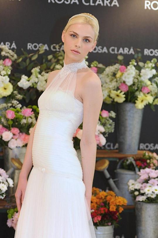 Australský model Andrej Pejic by byl krásnou nevěstou.