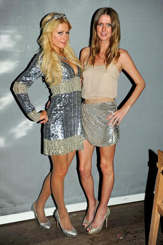 Paris a Nicky Hiltonovy.