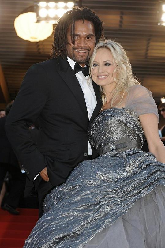 Adriana s bývalým manželem, fotbalistou Christianem Karembeu.
