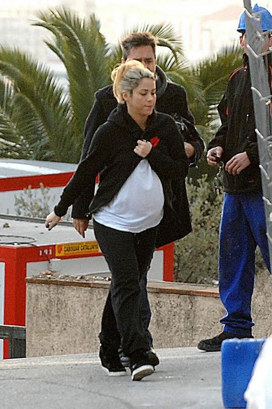Shakira se s přítelem jela podívat na to, jak pokračuje stavba jejich nového hnízdečka.