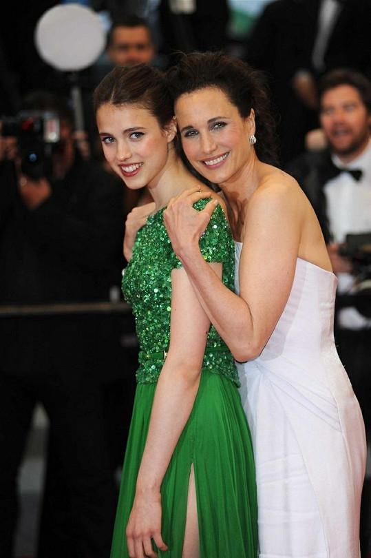 Známá herečka může být na svou dceru pyšná.