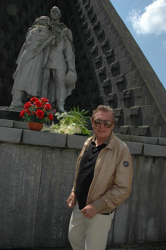 S Gottem Krušina zcestoval kus světa.