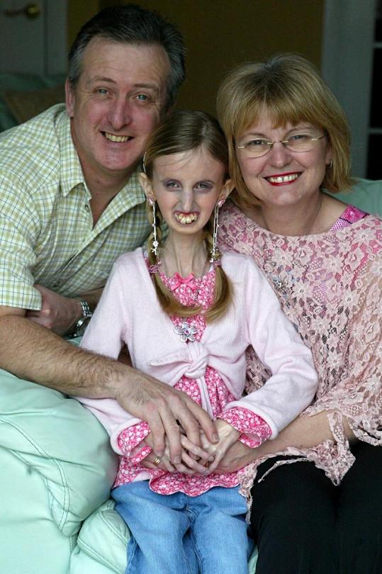 Adrienne s maminkou a nevlastním otcem Jimem.