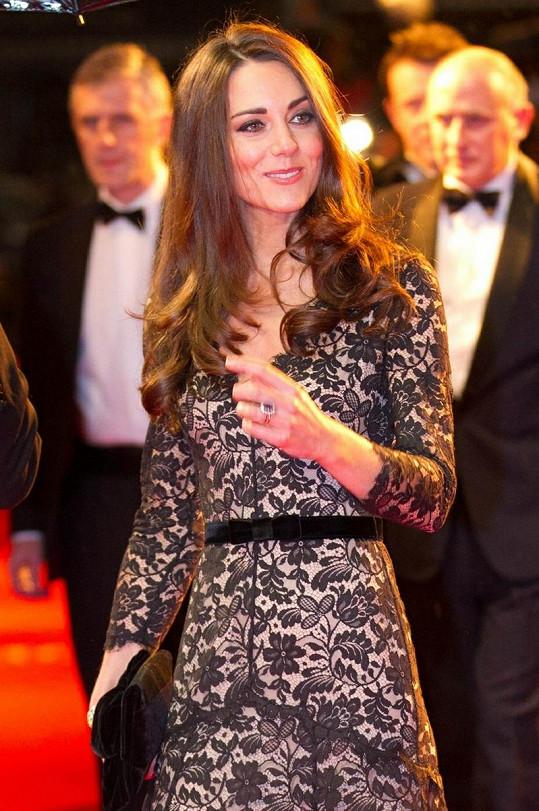 Catherine v lednu na premiéře filmu Válečný kůň.