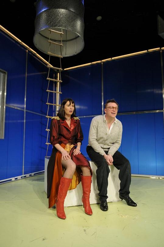 Lenka s Michalem Dlouhým v divadle Kalich.