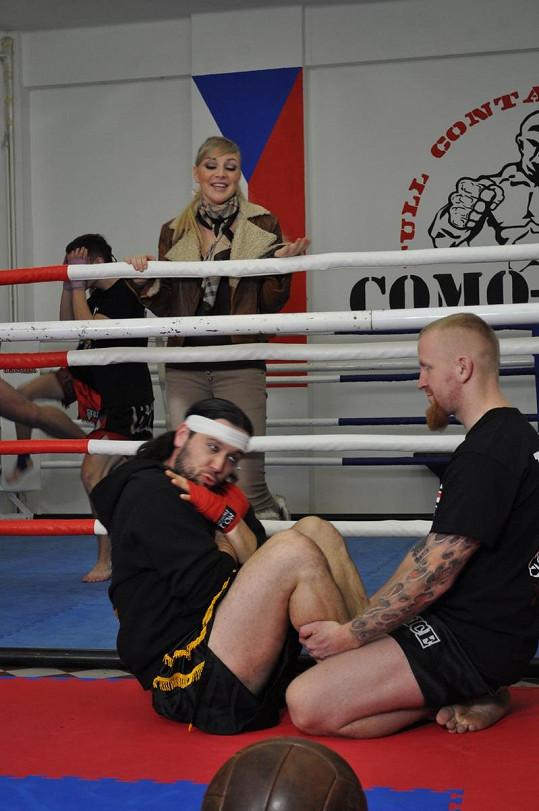 Ruda z Ostravy kvůli Markétě prochází utrpením. Na vlastní kůži si vyzkouší brutální trénink v thajském boxu.