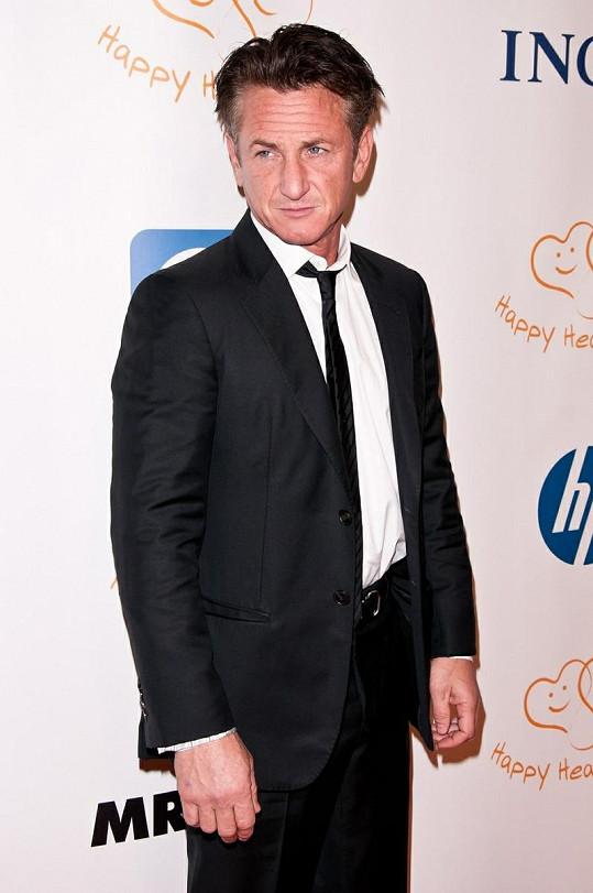 Hollywoodský herec Sean Penn.