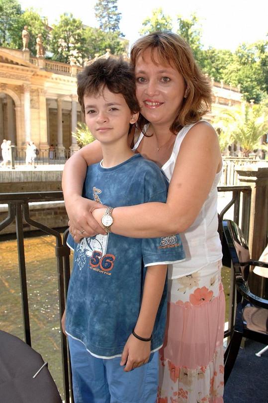 Alena sdcerou před deseti lety v Karlových Varech.
