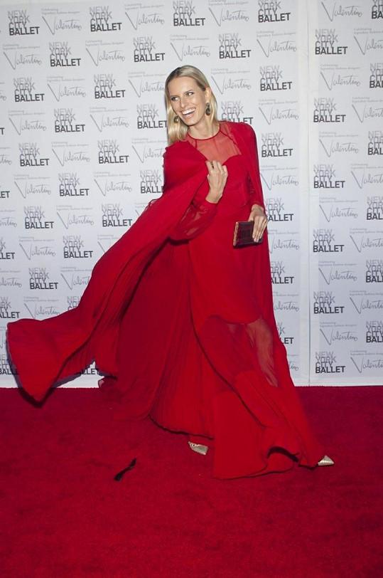 Karolína Kurková koncem září na akci Ballet's Fall návrháře Valentina.