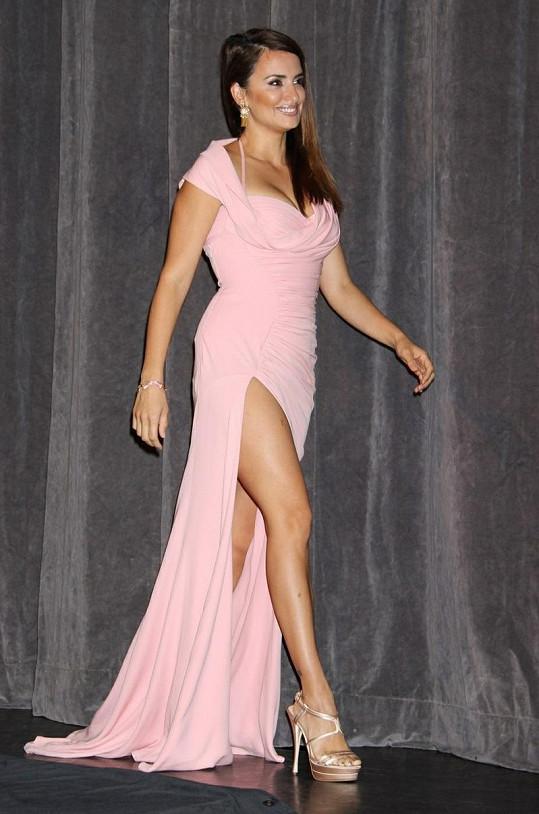 Španělská herečka je jednou z nejkrásnějších žen planety.