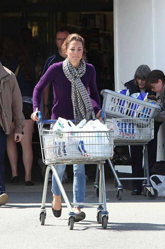 Kate nakoupila v Tescu v severním Walesu.