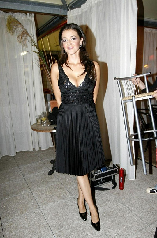Iva Kubelková vypadá úžasně.