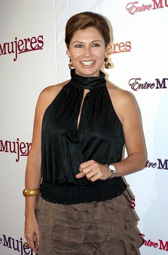 Leticia Calderón ještě s hnědými vlasy.