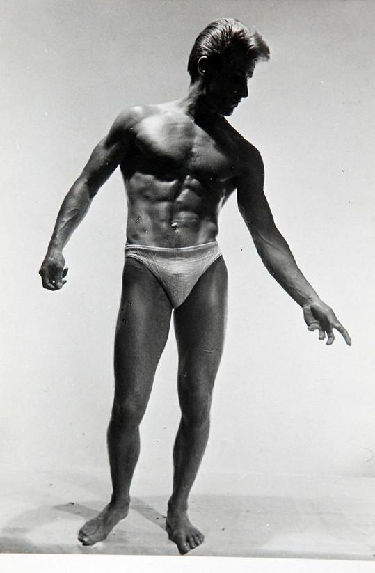 Kulturista Ted Brown před šedesáti lety.