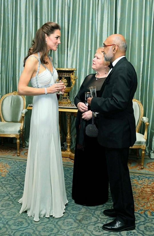 Vévodkyně z Cambridge na večírku zářila.