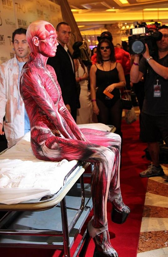 Heidi Klum a její originální kostým, kterým všem vyrazila dech.