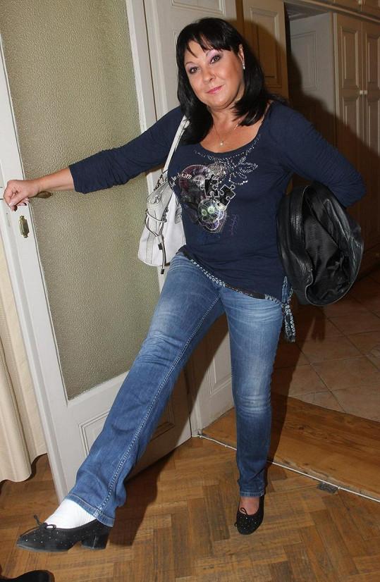Dagmar Patrasová hopsá, jako by neměla ještě před pár dny sádru.