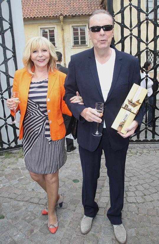 Hanka Zagorová se Štefanem Margitou si hned dali šampíčko.