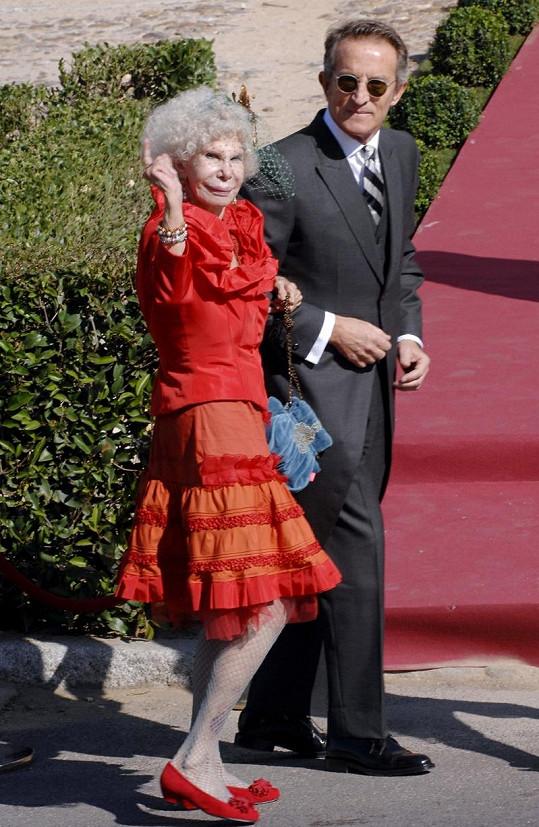 Vévodkyně Cayetana Fitz-James Stuart s jejím nastávajícím Alfonsem Díezem.