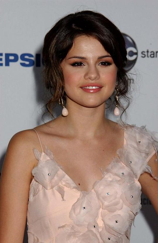 Justinova přítelkyně Selena Gomez
