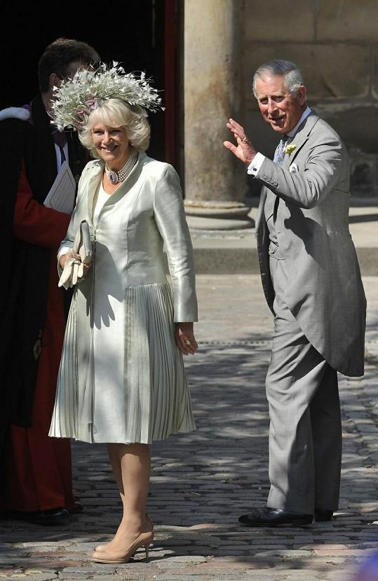 Camilla Parker Bowles a princ Charles.