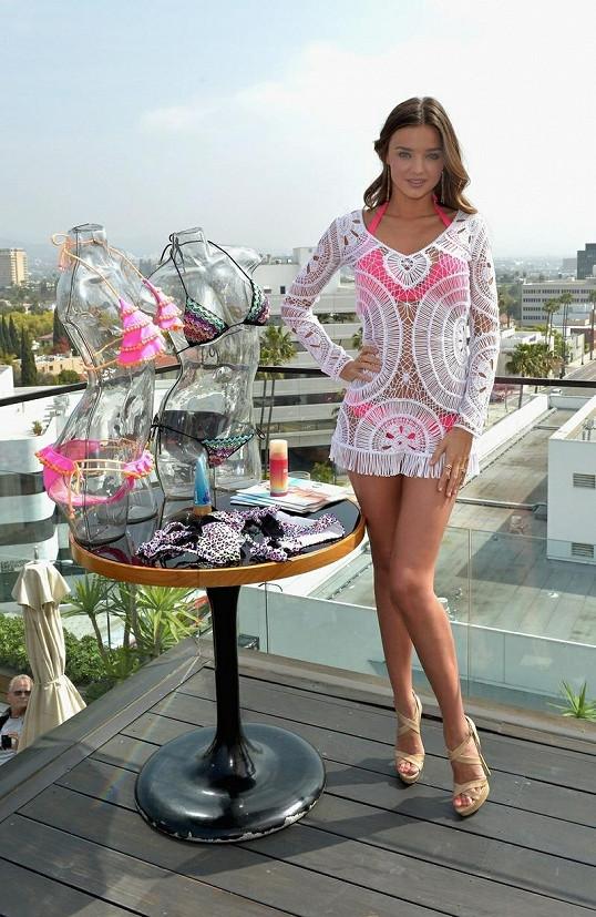 Miranda Kerr u nové kolekce plavek.
