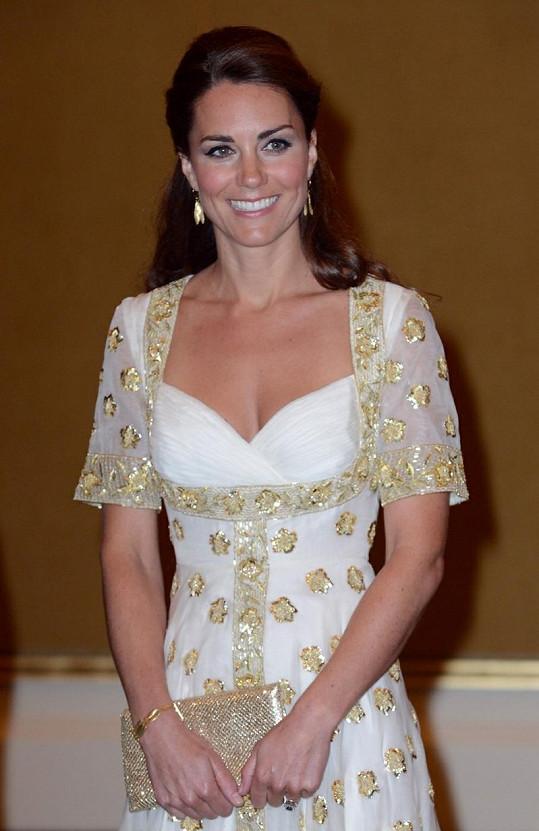 Kate v šatech od Alexandra McQueena.